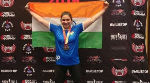 Bhavna Tokekar the 47-YO mother of two, wins 4 GOLD MEDALS in the Open Asian Power Lifting Championship.