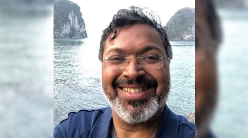 Devdutt Pattanaik commercializing the idea of 'The Sanatana Hindu Dharma'?